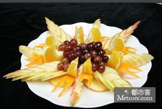 奇特的水果拼盘