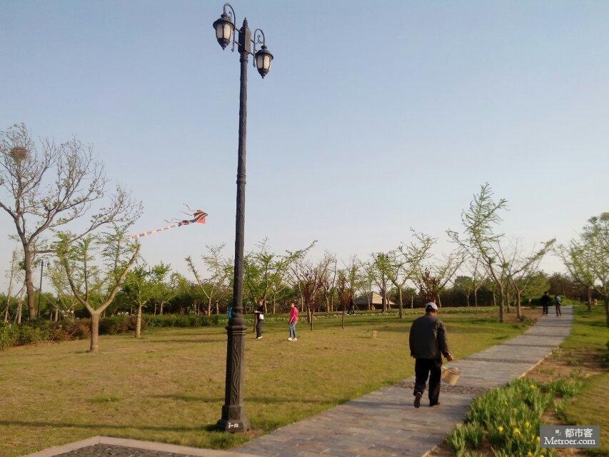 风车 游记 四季 心情 飞逝/春天的花开秋天的风风车在四季轮回的歌里