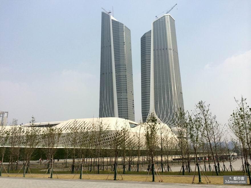 这个由世界著名结构主义设计大师——扎哈·哈迪德